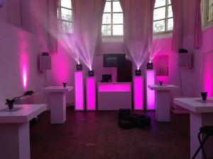 FINCH discoteam bruiloft DJ show Commanderije - Kasteel Montfoort